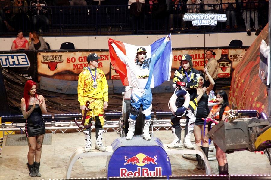 David Rinaldo wins 2013 European FMX Championship @ Night of the Jumps Hamburg!