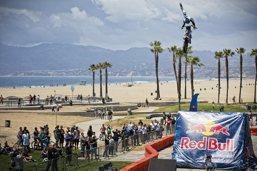 Red Bull X-Fighters Jams on Venice Beach Boardwalk