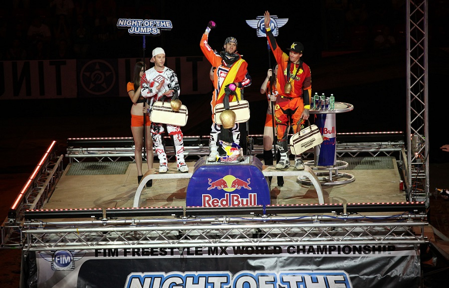 Spanish FMX tornado blows away opposition in NIGHT of the JUMPs Basel