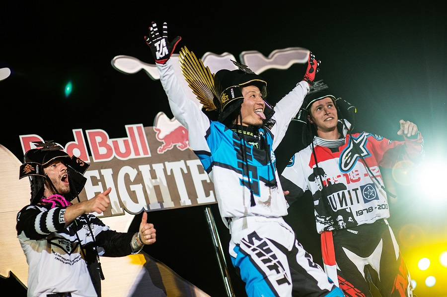 Higashino wins Red Bull X Fighters in home town of Osaka!