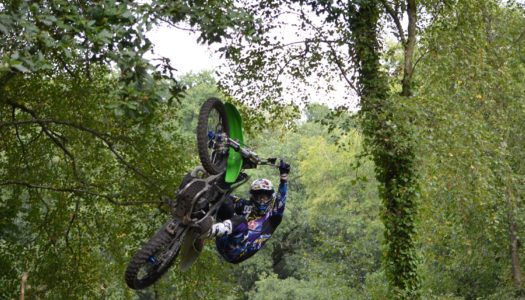 Andre Villa & Jamie Squibb – FMX & Freeride Session in the UK Woods