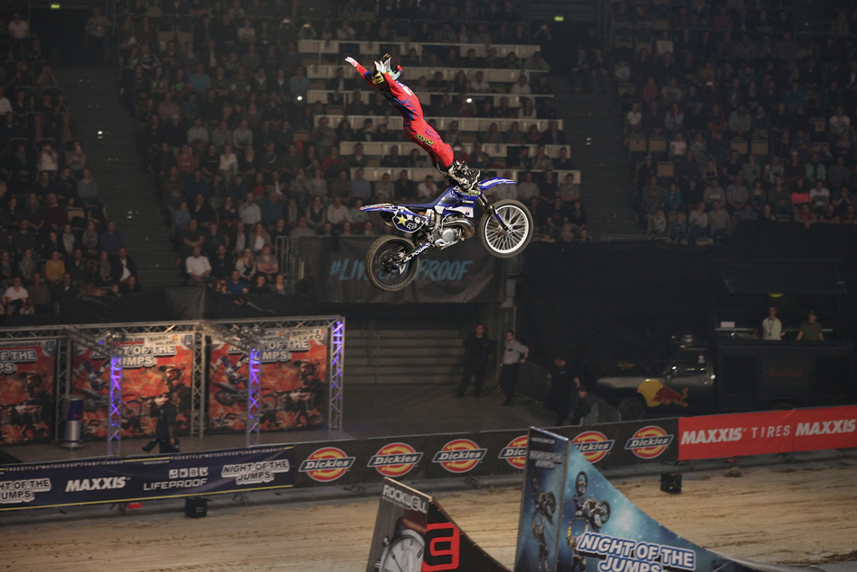 Night Of The Jumps 2016   Libor Podmol wins in Munich