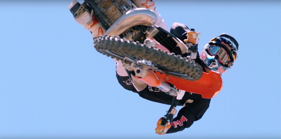 The Neighborhood Starring Robbie Maddison