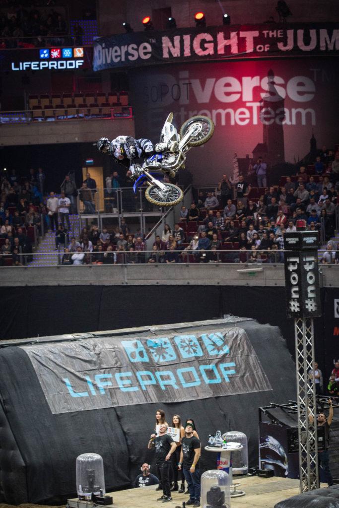 winner-lifeproof-best-whip-marcin-lukaszczyk