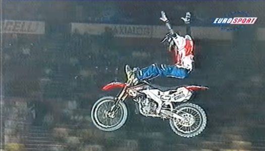 "Throwbackthursday | 1999 Vans Big Air Festival – Paris Bercy: Carey Hart & ""Mad"" Mike Jones"